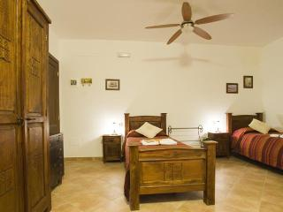 Romantic 1 bedroom Bed and Breakfast in Atri - Atri vacation rentals
