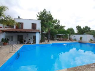 Dependance in masseria del 400 con piscina - Nardo vacation rentals