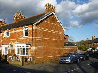 Comfortable 2 bedroom House in Henley-on-Thames - Henley-on-Thames vacation rentals