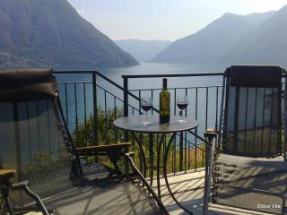 2 bedroom Apartment with Internet Access in Colonno - Colonno vacation rentals