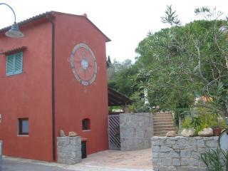 Romantic 1 bedroom House in Procchio - Procchio vacation rentals