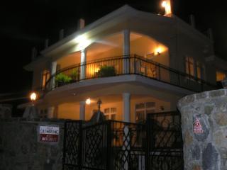 4 bedroom Villa with Deck in Belle Mare - Belle Mare vacation rentals