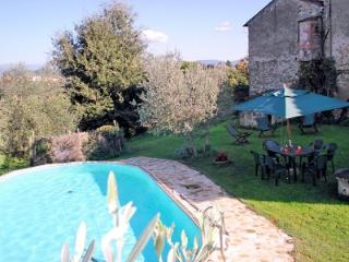 Beautiful House with Deck and Shared Outdoor Pool - San Casciano in Val di Pesa vacation rentals