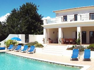 Lovely Villa with Satellite Or Cable TV and Microwave - Lagos vacation rentals