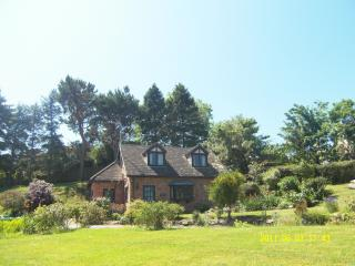 Lovely Cottage with Internet Access and Tennis Court - Colwyn Bay vacation rentals