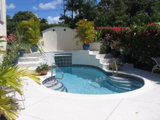 Nice 2 bedroom Condo in Holetown - Holetown vacation rentals