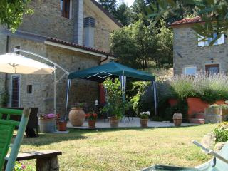 Romantic 1 bedroom Barn in Marliana - Marliana vacation rentals