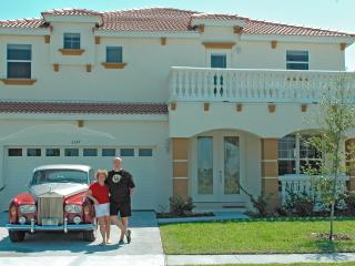Luxury Lake View Orlando Villa - Heated Pool & Spa - Kissimmee vacation rentals