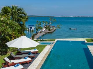 Waterfront villa Sunset. HOT 1-, 2- & 3-bdr rates. - Nusa Dua vacation rentals