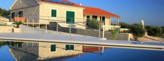 5 bedroom Villa with Dishwasher in Zizanj Island - Zizanj Island vacation rentals