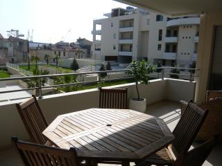 2 bedroom Apartment with Internet Access in La Ciotat - La Ciotat vacation rentals