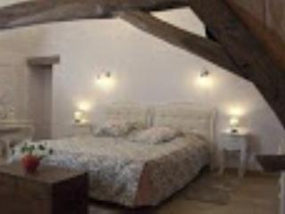 Chambre Couchois - Couches-les-Mines vacation rentals