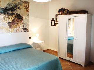 Nice 2 bedroom Bed and Breakfast in Notaresco - Notaresco vacation rentals