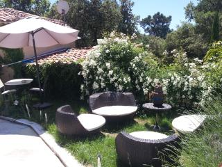 Nice Studio with Internet Access and A/C - Saint-Maximin-la-Sainte-Baume vacation rentals