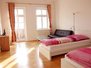 2-Rooms Apartment A4 - Berlin vacation rentals