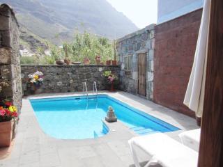 Beautiful 4 bedroom Cottage in La Aldea de San Nicolas de Tolentino - La Aldea de San Nicolas de Tolentino vacation rentals