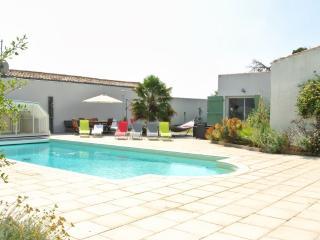 6 bedroom Villa with Internet Access in Sainte Marie de Re - Sainte Marie de Re vacation rentals