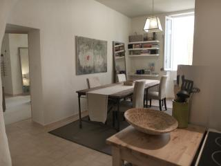 1 bedroom Condo with Internet Access in L'Isle-sur-la-Sorgue - L'Isle-sur-la-Sorgue vacation rentals