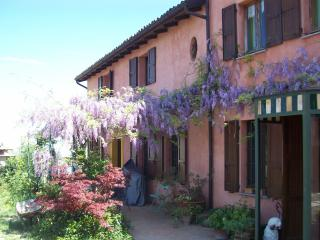 Cozy 3 bedroom Vacation Rental in Santa Maria della Versa - Santa Maria della Versa vacation rentals
