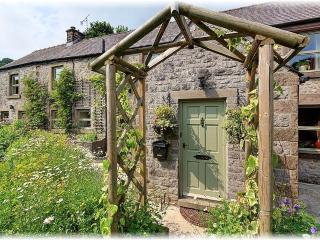 Ivy Cottage, Peak District Luxury Accomodation - Winster vacation rentals