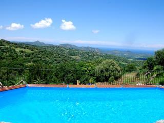 "Costa di sognu gite ""8 personnes"" - Belgodere vacation rentals"