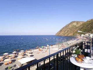 MISTRAL RESIDENCE - Lipari vacation rentals