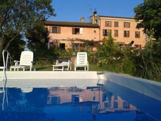Nice Condo with Internet Access and Central Heating - Santa Maria della Versa vacation rentals