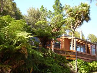 Romantic 1 bedroom Bed and Breakfast in Nelson - Nelson vacation rentals