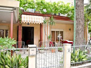 PENSIONE BERLATI - Milano Marittima vacation rentals