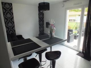 Nice Gite with Internet Access and Wireless Internet - Vertou vacation rentals