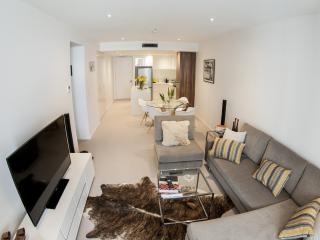 Cozy 2 bedroom Apartment in Canberra with Internet Access - Canberra vacation rentals