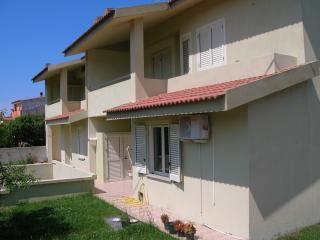casa vacanza muretti - Isola Rossa vacation rentals