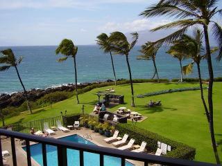 Kihei Surfside 1 Bedroom  Ocean Front 407 - Kihei vacation rentals