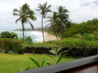 Wailua Bay Resort 1 Bedroom Ocean Front 105 - Kapaa vacation rentals