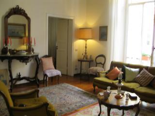 Appartamento di pregio dal sapore ottocentesco - Bolano vacation rentals