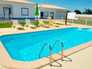 Squad White Apartment, Albufeira, Algarve - Ferreiras vacation rentals