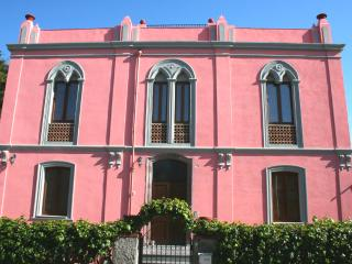 Pink Palace - Apartment Il Mare - Bosa vacation rentals