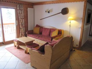 Spacious Condo with Internet Access and Dishwasher - Les Arcs vacation rentals