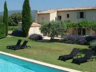 4 bedroom Villa with Internet Access in Cucuron - Cucuron vacation rentals