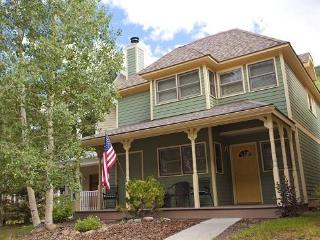 Bachman Village 25 - 3 Bd / 3 Ba - Sleeps 8 - Downtown Telluride Vacation Home located 1 block from base of Lift 7 - Telluride vacation rentals