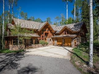 Highlands Way - 5 Bd / 6.5 Ba - Sleeps 19 - Deluxe Ski Area Vacation Home - Located adjacent to the Lower Galloping Goose ski ru - Mountain Village vacation rentals