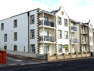 stunning sea view apartment house 35 - Folkestone vacation rentals