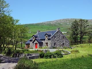 Nice 4 bedroom Cottage in Goleen - Goleen vacation rentals