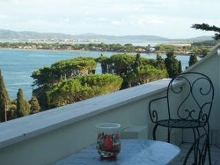 Sea side apartment with beautiful view of cove, 3 balconies, sleeps 5 - Porto Santo Stefano vacation rentals