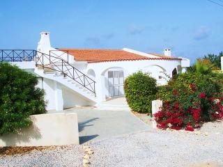 4 bedroom Villa with Internet Access in Karsiyaka - Karsiyaka vacation rentals