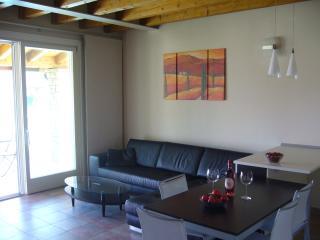 3 bedroom Apartment with Internet Access in Moniga del Garda - Moniga del Garda vacation rentals