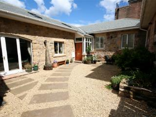 Lovely 3 bedroom Beadnell Cottage with Internet Access - Beadnell vacation rentals