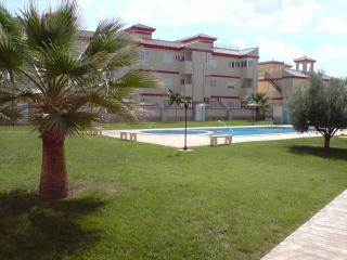 Lovely Townhouse & Pool area, WIFI, Sleeps up to 6 - San Pedro del Pinatar vacation rentals