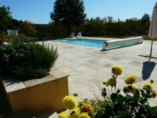 2 bedroom Gite with Internet Access in Meyrals - Meyrals vacation rentals