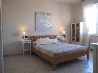 Cozy 1 bedroom Condo in Albisola superiore with Television - Albisola superiore vacation rentals